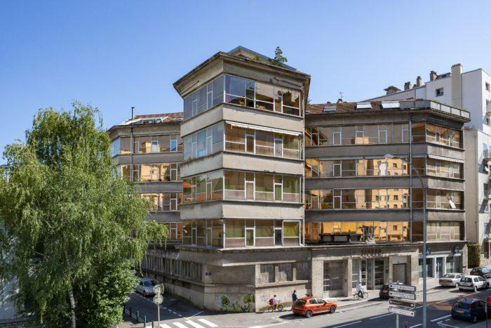 Photographie actuelle de l'immeuble du SIDHOR 23 rue de la Mouillère @MuséeduTemps exposition l'Horlogerie ds ses murs