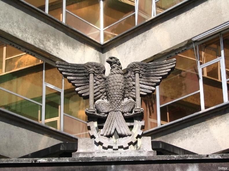 SIDHOR aigle sur un rouage d'horlogerie façade de l'immeuble